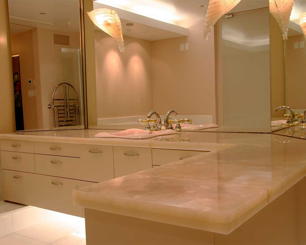 translucent marble kitchen counters